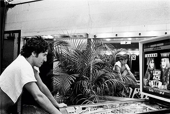 Bruce Springsteen Playing Pinball Photo